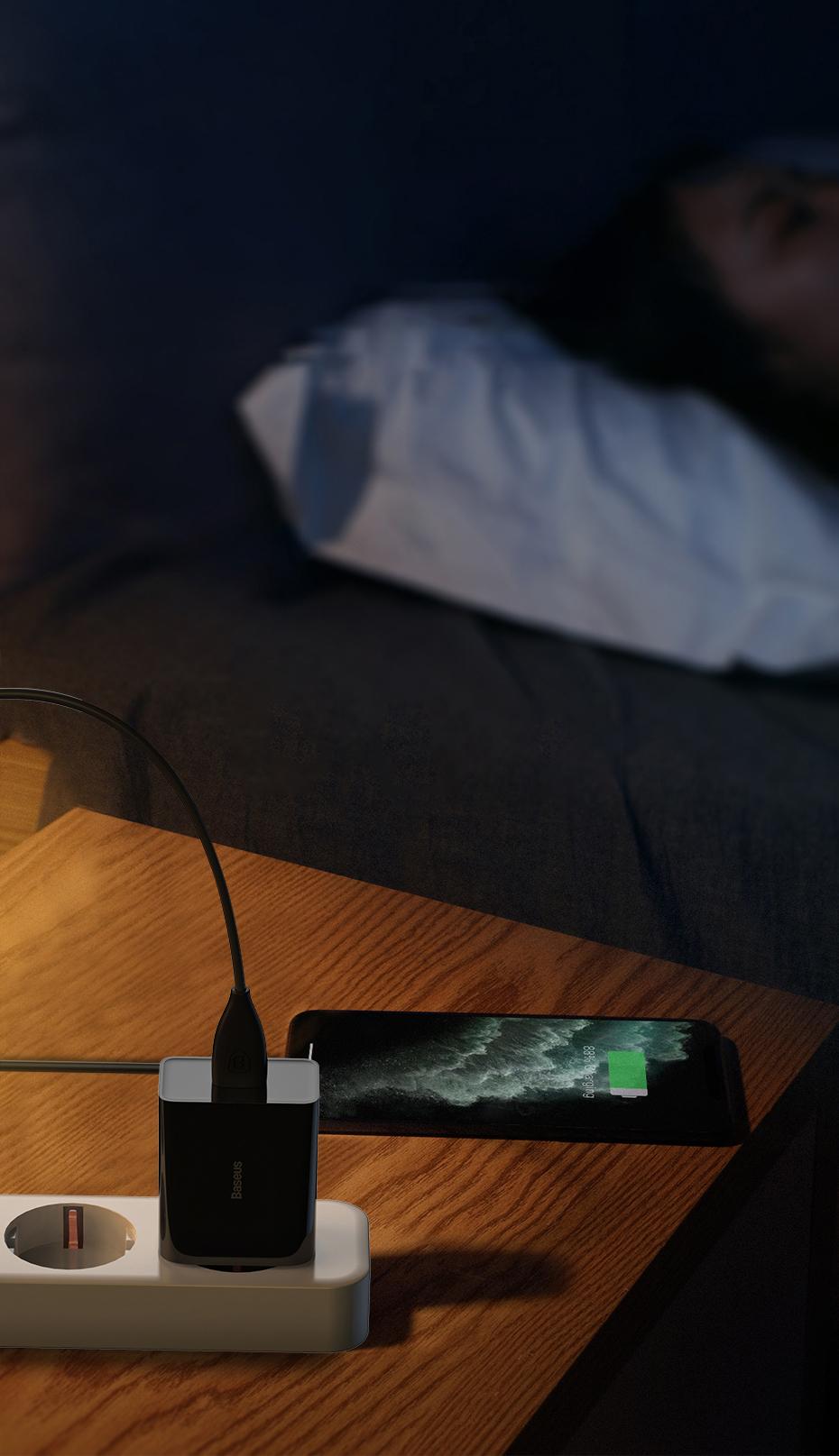 SmartZone.bg Адаптер / зарядно с USB Type-C Baseus